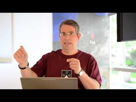 """Matt Cutts: Should I use rel=""""nofollow"""" on internal links to a login page?"""